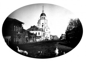pokrovskaya-i-petropavlovskaya-cerkvi-do-1903